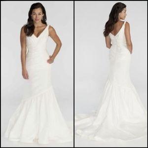 NEW Kirstie Kelly Agate Wedding Dress